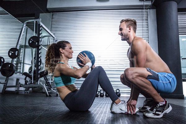 Izmos pár abdominális labda testmozgás oldalnézet Stock fotó © wavebreak_media