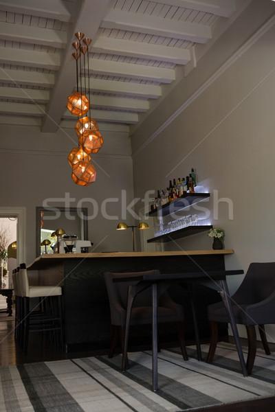 Verlichting decoratie opknoping eettafel restaurant lege Stockfoto © wavebreak_media