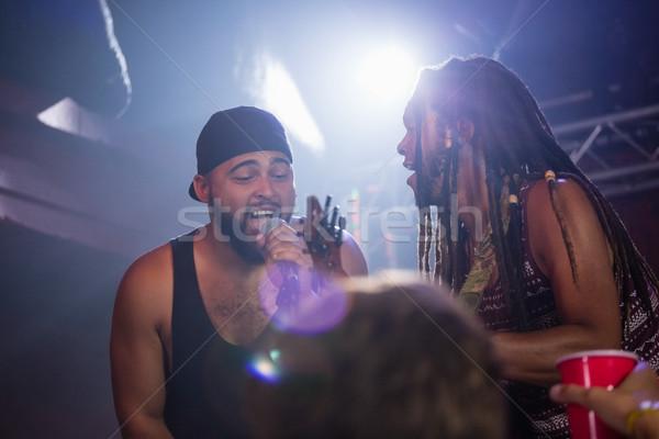 Banda realizar etapa discoteca música micrófono Foto stock © wavebreak_media