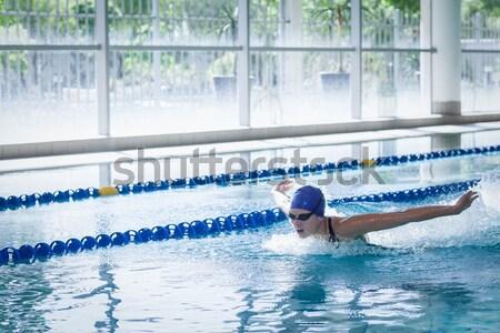 Fitt férfi búvárkodik víz medence sport Stock fotó © wavebreak_media