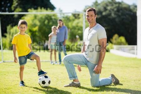 Futebol jogadores jogar futebol terreno Foto stock © wavebreak_media