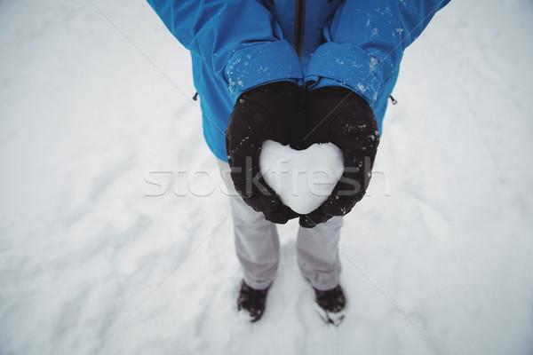 Stockfoto: Man · warme · kleding · hart · sneeuw · winter