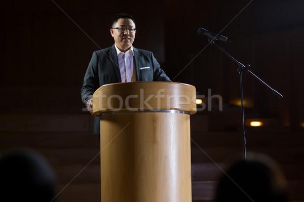 Business executive discorso uomo riunione imprenditore Foto d'archivio © wavebreak_media