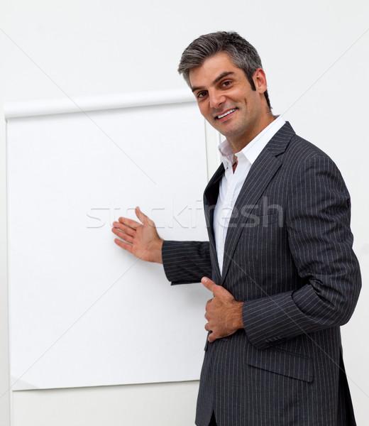 Férfi igazgató mutat tábla bemutató üzlet Stock fotó © wavebreak_media