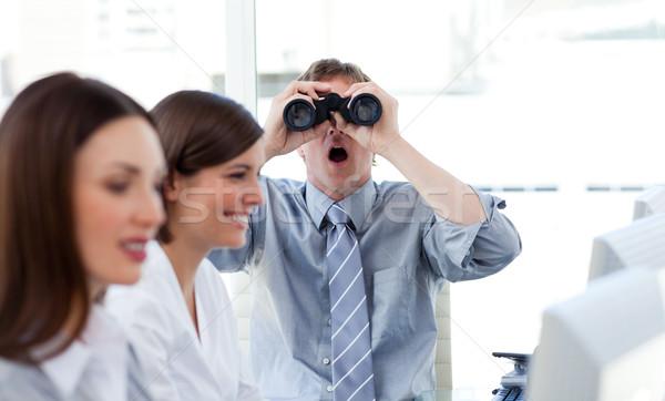 カリスマ的な ビジネスマン 見える 双眼鏡 オフィス 会社 ストックフォト © wavebreak_media