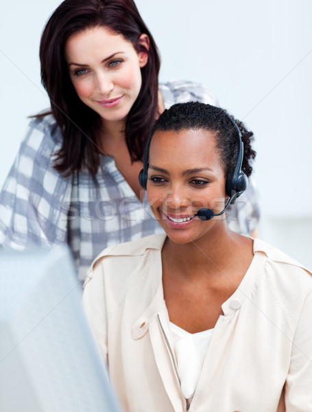 Бизнес-партнеры рабочих компьютер служба женщину телефон Сток-фото © wavebreak_media