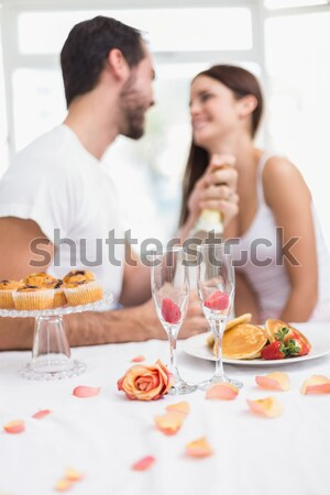 Mulher bonita para cima velas marido aniversário Foto stock © wavebreak_media