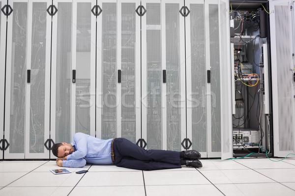 человека спальный серверы центр обработки данных работу сеть Сток-фото © wavebreak_media