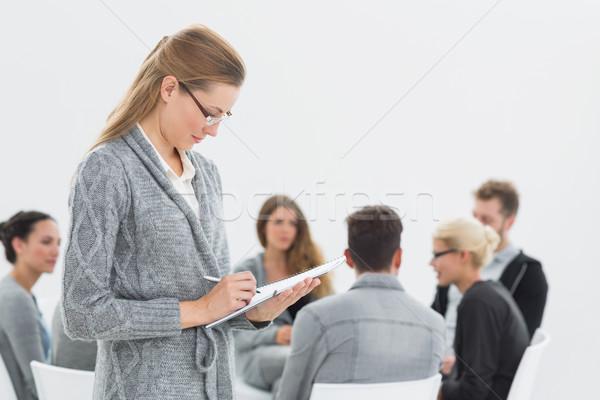 терапевт Дать отмечает группа терапии серьезный Сток-фото © wavebreak_media