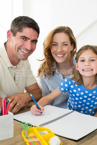 Ouders meisje tekening portret gelukkig home Stockfoto © wavebreak_media