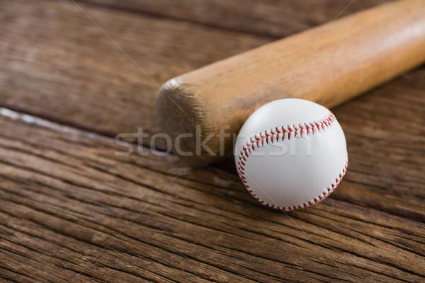 Mazza da baseball palla tavolo in legno primo piano sport tavola Foto d'archivio © wavebreak_media