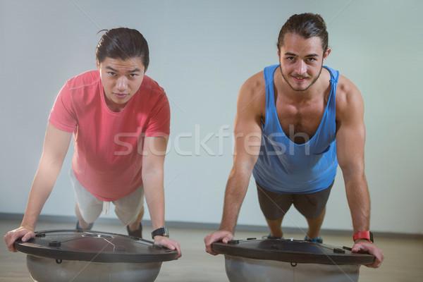 Férfiak portré boldog nő férfi fitnessz Stock fotó © wavebreak_media