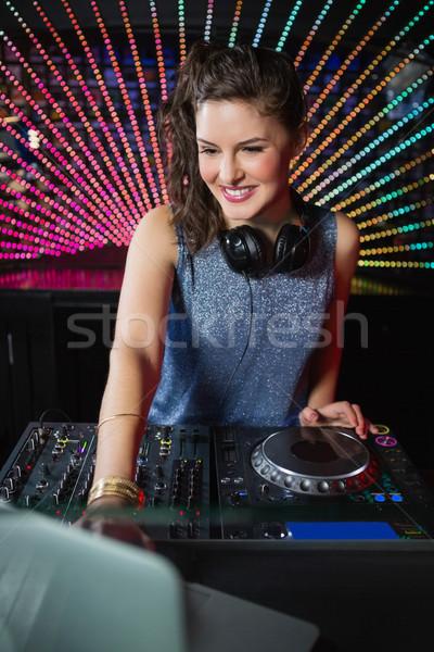 Güzel kadın oynama müzik gece kulübü kadın Stok fotoğraf © wavebreak_media