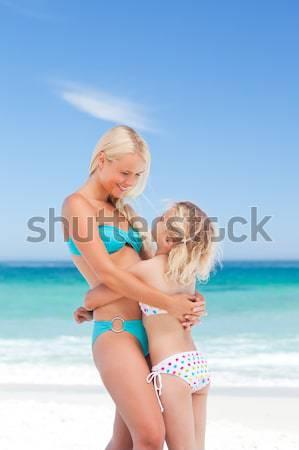 Nyugdíjas pár tengerpart nő lány mosoly Stock fotó © wavebreak_media