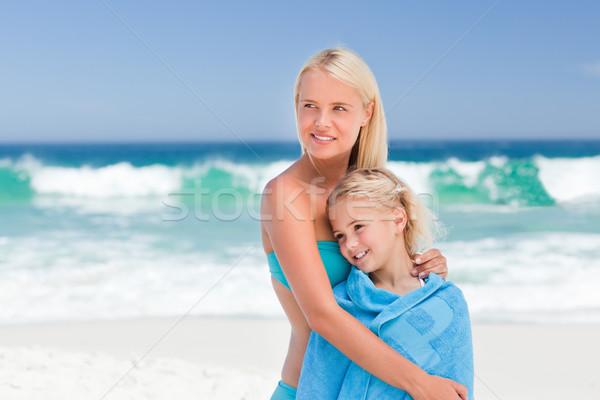 Photo stock: Mère · fille · serviette · eau · fille · main