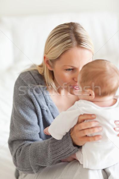 Cariñoso jóvenes madre bebé familia amor Foto stock © wavebreak_media