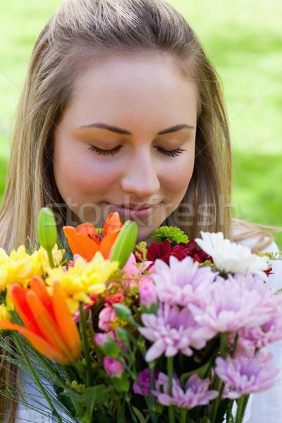 Fiatal békés lány befejezés szemek gyönyörű Stock fotó © wavebreak_media