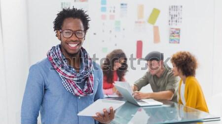 Stockfoto: Glimlachend · man · tablet · creatieve · team · werken