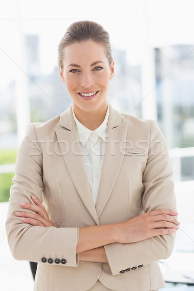 Photo stock: Portrait · jeunes · femme · d'affaires · souriant · lumineuses