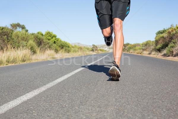 Encajar hombre correr abierto carretera Foto stock © wavebreak_media