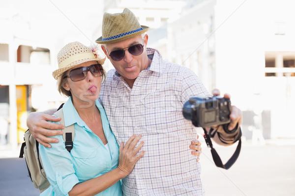 Gelukkig toeristische paar stad Stockfoto © wavebreak_media