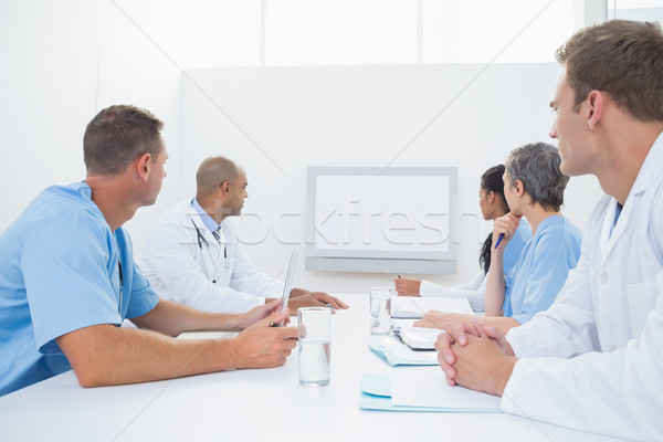 Squadra medici riunione medici ufficio donna Foto d'archivio © wavebreak_media