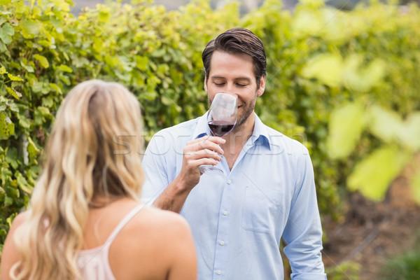 молодые счастливым пару дегустация вино винограда Сток-фото © wavebreak_media