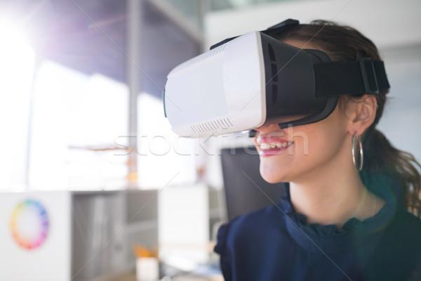 Femminile architetto virtuale realtà auricolare ufficio Foto d'archivio © wavebreak_media
