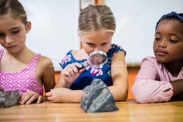 çocuklar bakıyor okul kız çocuk Stok fotoğraf © wavebreak_media