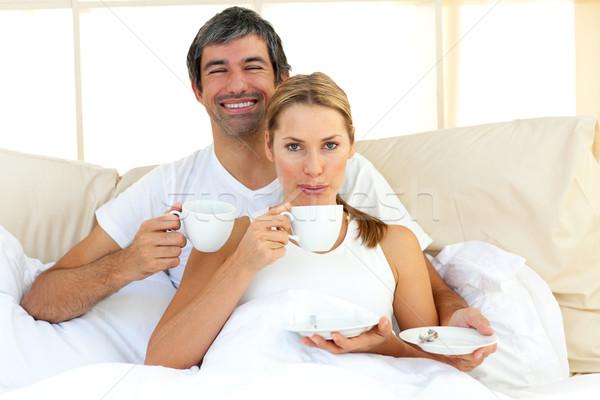 親密な カップル 飲料 コーヒー ベッド ホーム ストックフォト © wavebreak_media