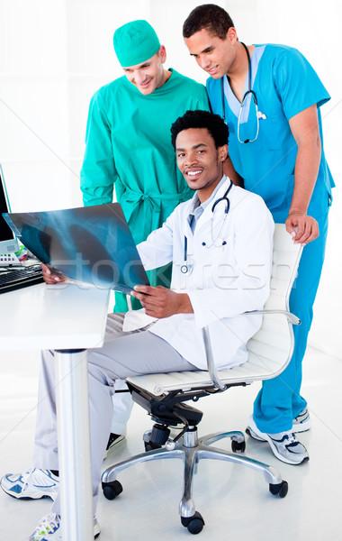 Erkek doktorlar bakıyor xray hastane çalışmak Stok fotoğraf © wavebreak_media