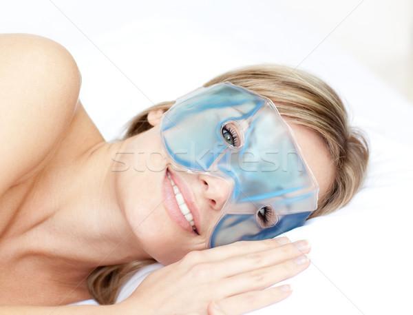 Mosolygó nő szem gél maszk fehér mosoly Stock fotó © wavebreak_media