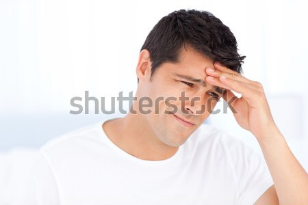 Stockfoto: Bezorgd · man · hoofdpijn · vergadering · slaapkamer · home
