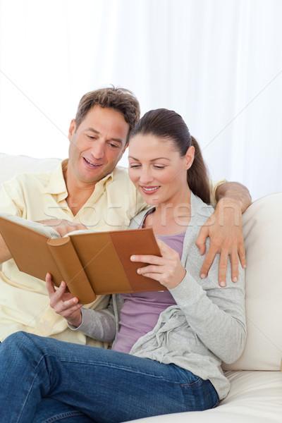 Cute пару глядя диван домой Сток-фото © wavebreak_media