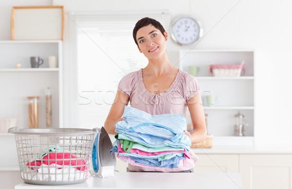 Femeie haine utilitate cameră primăvară Imagine de stoc © wavebreak_media
