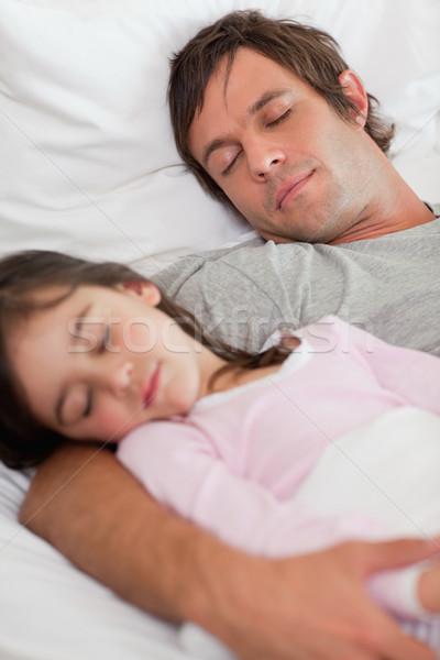 Retrato pai adormecido filha quarto Foto stock © wavebreak_media