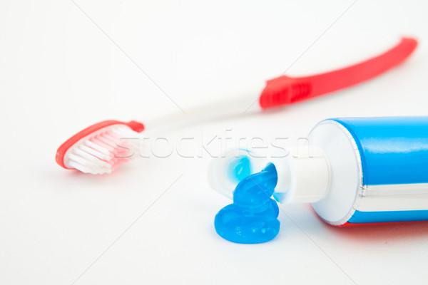 Tüp diş macunu mavi beyaz kırmızı bakım Stok fotoğraf © wavebreak_media