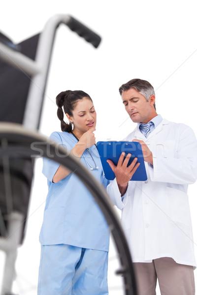 врач медсестры что-то буфер обмена белый Сток-фото © wavebreak_media