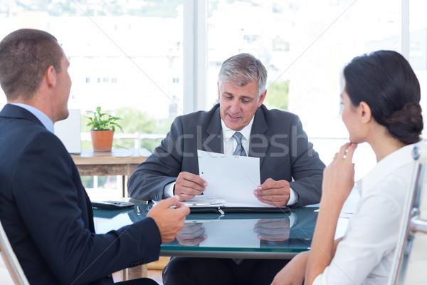 деловые люди обсуждение служба делопроизводства бизнеса женщину Сток-фото © wavebreak_media