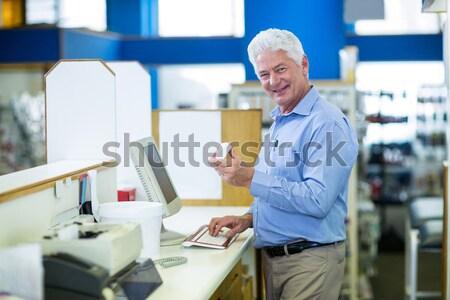 Magazijn manager naar blauwdruk laptop business Stockfoto © wavebreak_media