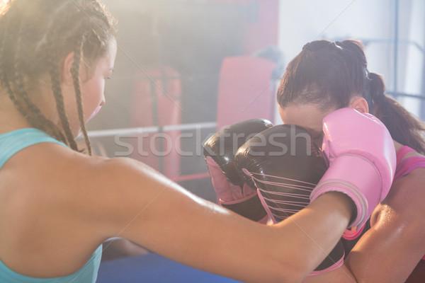 Jeunes Homme caleçon boxe anneau Photo stock © wavebreak_media