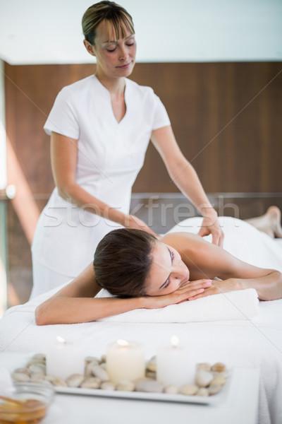 массажист назад женщину женщины Сток-фото © wavebreak_media