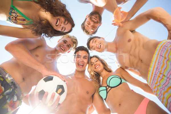 Boldog barátok futballabda tengerpart nő férfi Stock fotó © wavebreak_media