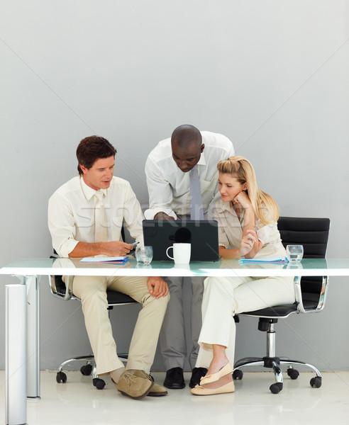 ビジネスの方々  オフィス 小さな コンピュータ 男 幸せ ストックフォト © wavebreak_media