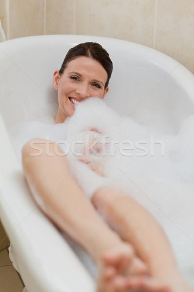 Belle femme bain yeux beauté jeunes Photo stock © wavebreak_media
