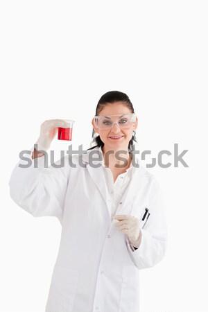 Wetenschapper naar camera Rood beker Stockfoto © wavebreak_media