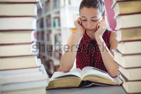 学生 図書 ライブラリ 女性 図書 ストックフォト © wavebreak_media