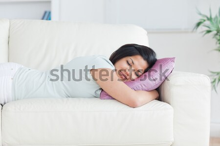 Vrouw slapen kussen woonkamer venster Stockfoto © wavebreak_media