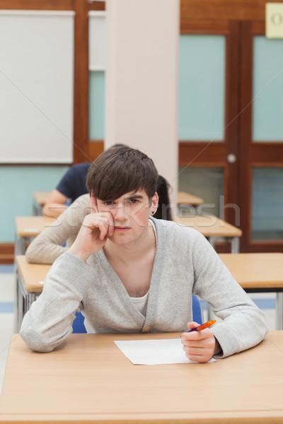 Adam düşünme sınav salon çalışmak kalem Stok fotoğraf © wavebreak_media