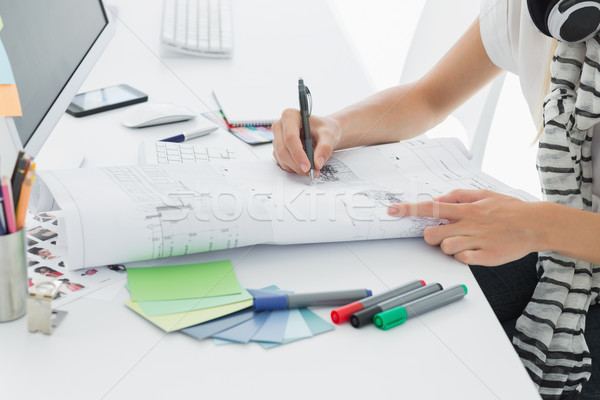 Foto stock: Artista · dibujo · algo · papel · pluma · oficina